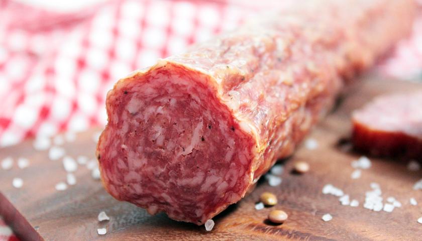 WHO stuft Wurst und rotes Fleisch als krebserregend ein.