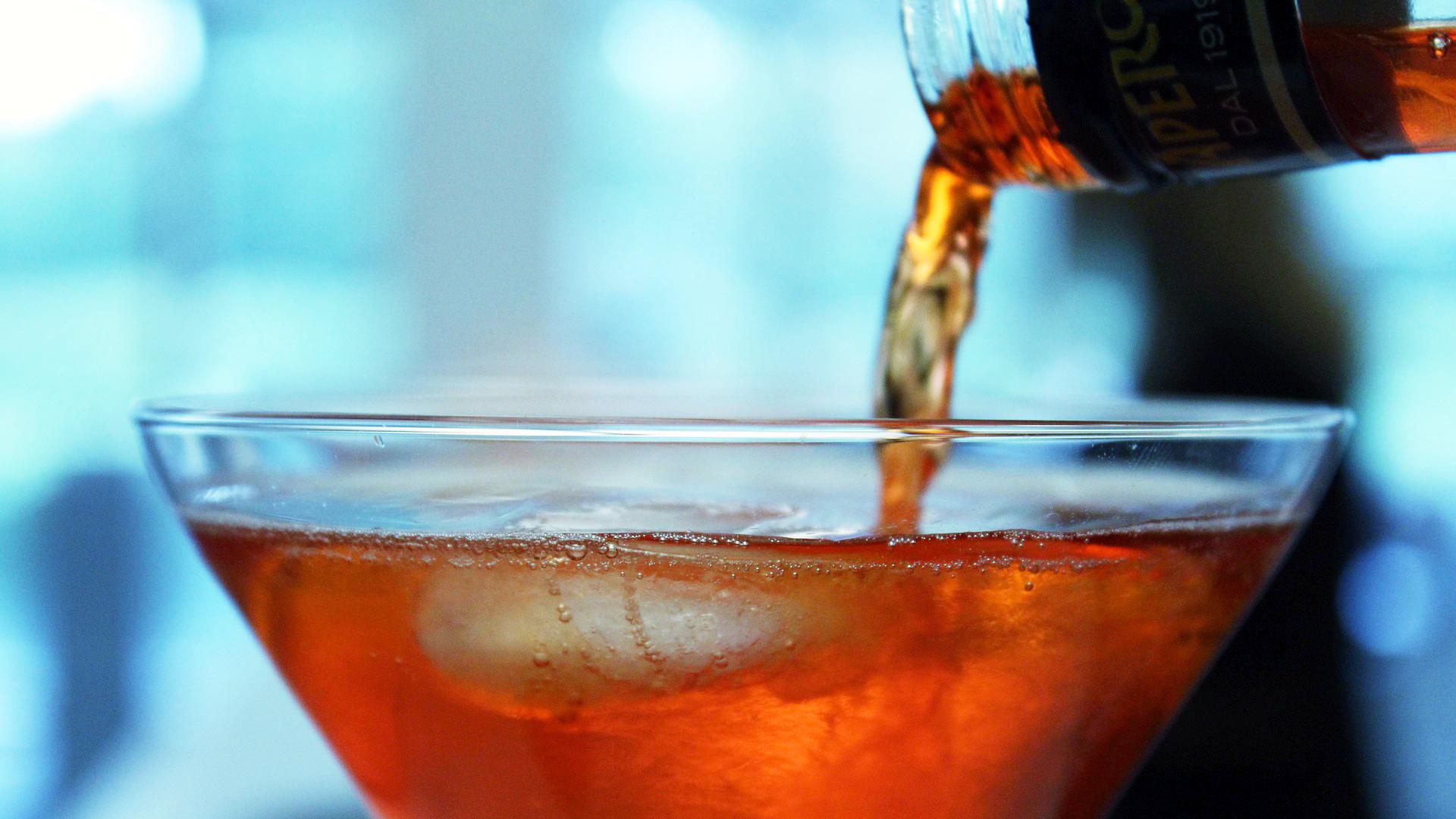 Alkohol gilt als Risikofaktor für Brustkrebs