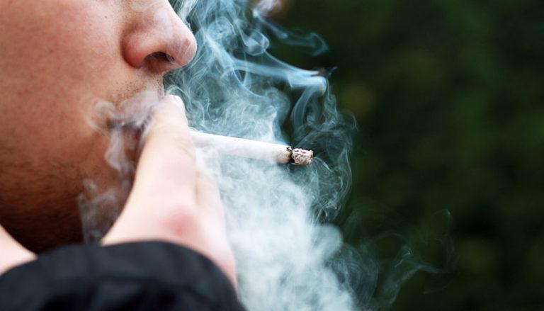 Rauchen ist der vermeidbare Risikofaktor Nummer 1 bei Krebs (c) Kruscha/Pixabay.com